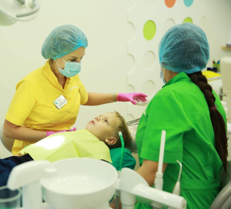 Лечение зубов и десен с травмой