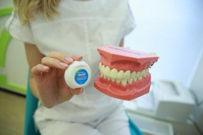 Флоссы — как элемент ежедневной гигиены полости рта